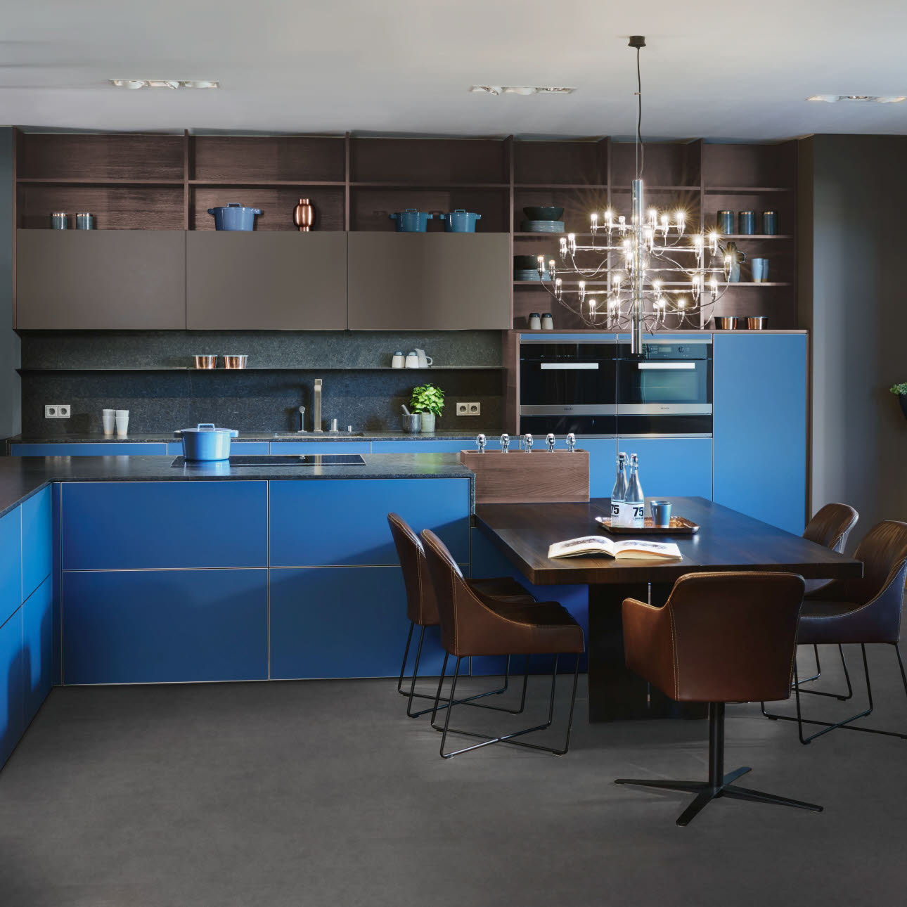 Blue INTUO kitchen