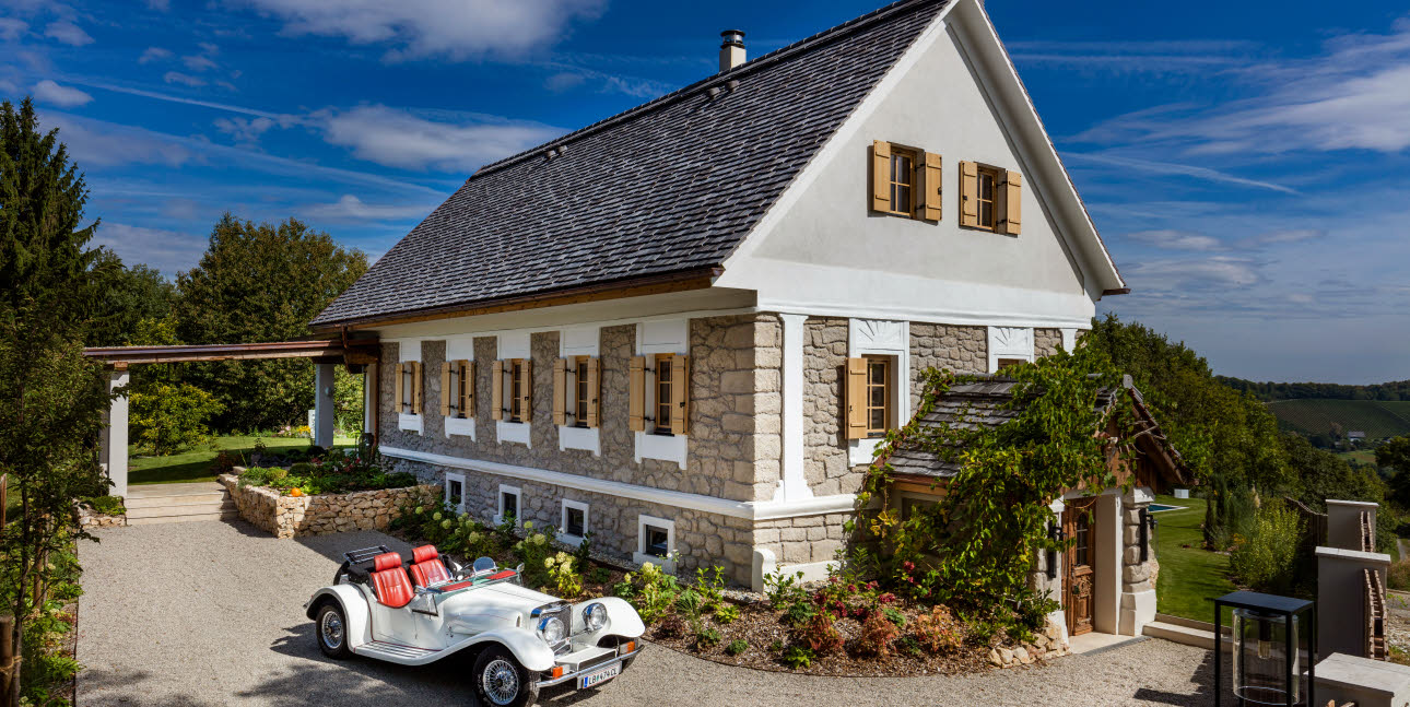 Style And Charm. But Primarily Authenticity And Naturalness. That Is  Country House Obegg. Surrounded By The South Styrian Vineyards, Is The  Pretty Country ...