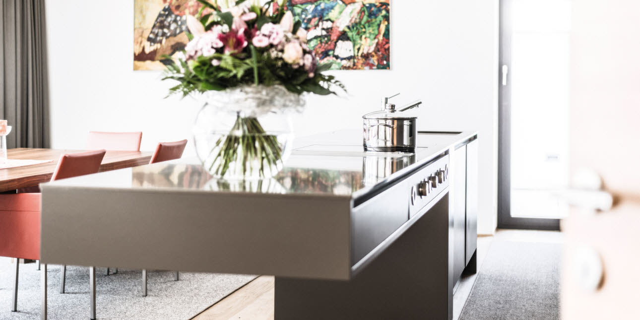 Attraktiv Echte Küchen SCHWEBENDE INTUO KÜCHE